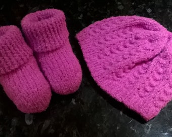 Perfect Princess lacy baby hat and bootees set in pink - 6-12 months - Hand knitted