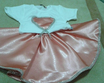 skirt and t-shirt