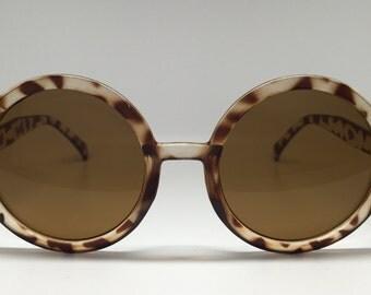 Women's Tortoiseshell Round Retro Sunglasses