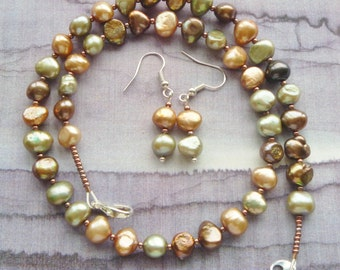 Necklace set - Keishi pearls in pastle colours