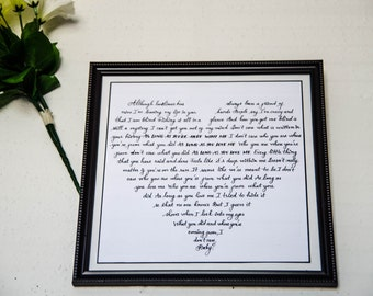 Wall frame _with custom song lyric in heart shape