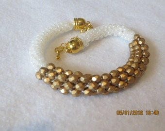 0113-White Kumihimo Bracelet with Matte Gold Center