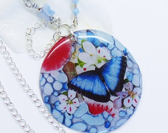 Bloom Handmade Epoxy Butterfly-necklace