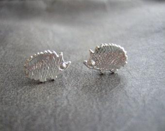 Silver plated hedgehog earrings, cute silver hedgehog, small hedgehog studs, tiny silver plated animal earrings, gift for her, cute gift