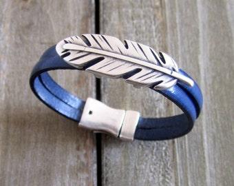 Electric blue leather strap, buckle pen