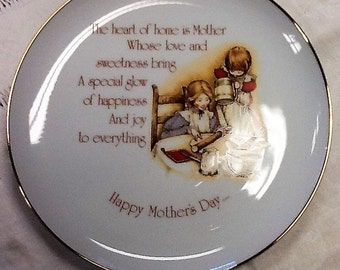 Holly Hobbie Mother's Day Commemorative Plate