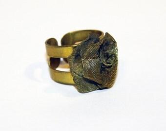 Ring Around the Rosie ring
