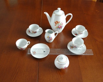 Coffee set for doll