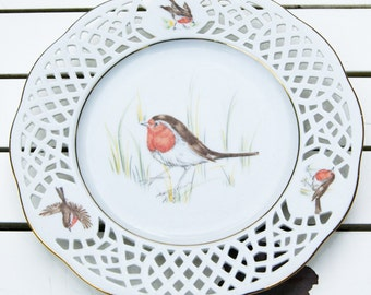 Vintage Robins - dessert plate < 3