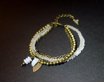 """My precious stones"" ethnic bracelet white opalescent and bronze"