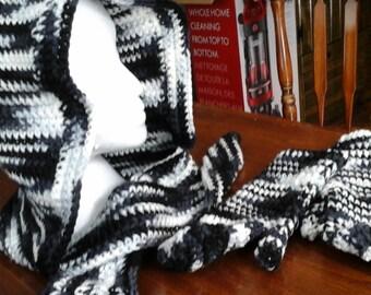 zebra striped snoop and mittens