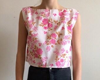 vintage. 60s rose print top