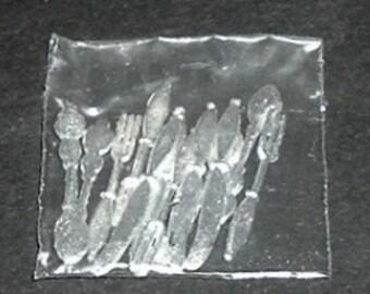 Miniature SILVERWARE 12 PIECES (Calico Miniatures)