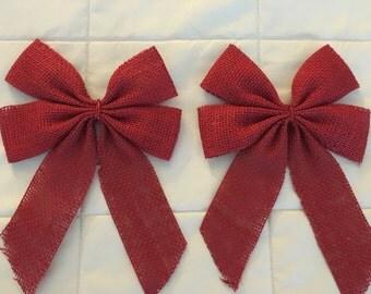 Bow curtain clip