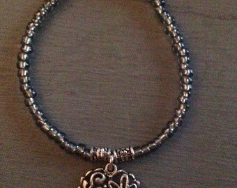 Heart bead bracelet