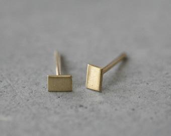 14k gold  rectangular Stud earrings-14k gold tiny handmade earrings