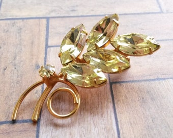 Vintage Lemon Yellow Rhinestone Gold Tone Brooch Pin