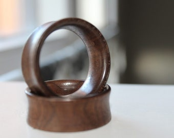 wood plugs, walnut
