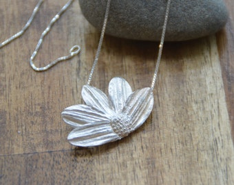 Gerbera Flower Pendant. More than 3 ways to wear.