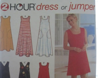PATTERN SIMPLICITY 7116 2 Hour dress or jumper