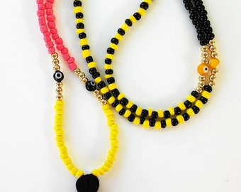 Tassel and seed beads Necklace NEGRO y AMARILLO-Protection Necklace-Tassel Necklace-Collar para meditación-Beaded Necklace- Handmade Jewelry