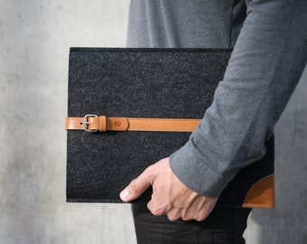"NEW Touch Bar MacBook Pro 13""/ 15"" Sleeve / Case - Italian Leather and Merino Wool Felt, Grey / Tan."