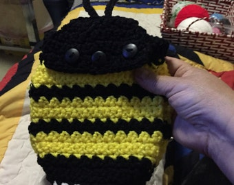 Bumblebee purse with medium length strap