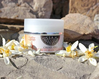 Face cream with Orange Blossoms water