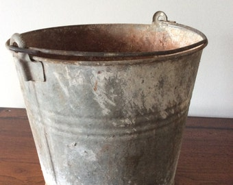 Vintage Rustic Galvanized Metal Bucket
