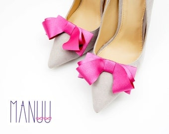 Elegant pink satin bows - shoe clips Manuu, Wedding shoe clips, Bridal shoe clips