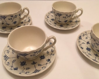 Tea cups and saucers, blue and white flowers, made by Myott Finlandia fine staffordshire ware, England 1882, fine English china