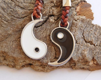Yin Yang Friendship Keychain_ YYMA045459870235_friendship GIFT IDEAS_Pack Couple