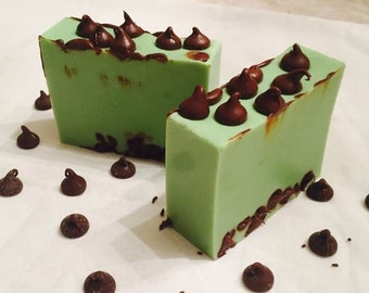 Mint Chocolate Chip Soap dish set