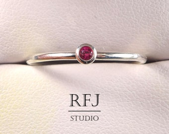 Lab Ruby Silver Ring, Pink 2 mm Gemstone Sterling Ring Simulate Ruby Pink Birthstone Ring, Pink Corund 925 Silver Ring, Tiny Gemstone Ring