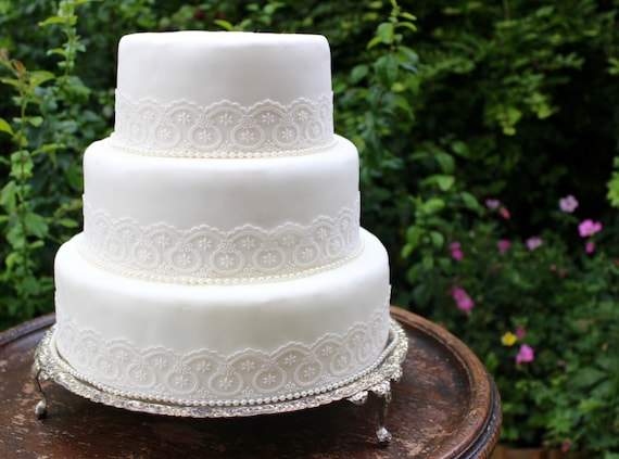 Vintage Ivory Lace Amp Pearl Wedding Cake Topper Set Pearl Trim Decorate Yourself Classic Style