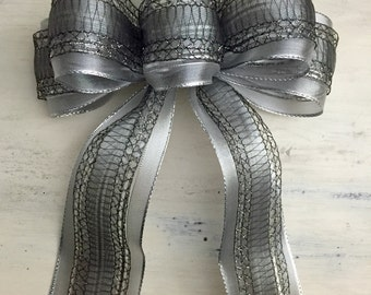 Silver & Lace Bow