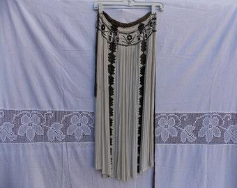 Traditional Hungary apron, Hungary antique dress, white,red apron, Beautiful apron, flowers apron,dance apron, vintage apron 213