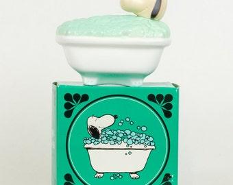 "Avon ""Snoopy's Bubble Tub"" Bubble Bath"