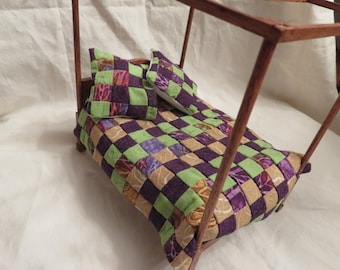"Dollhouse Double Quilt ""Falling Leaves in Purple"""