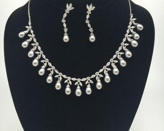 Dark Love Necklace Set