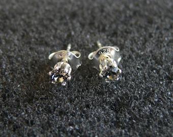 Earrings-Swarovski light 3 mm black diamond and Silver 925