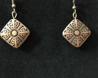 Copper-plated diamond shaped earrings