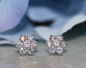 14K Solid White Gold Flower Shaped Screw-Back Stud Earrings Set With Cubic Zirconia (~8.5mm) #S93100