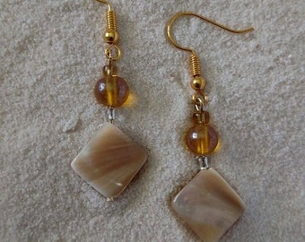 Natural Shell with Amber