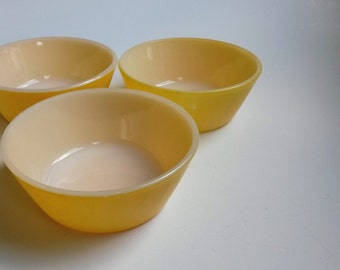 Federal yellow cereal dessert bowls, vintage yellow cereal bowls, Federal kitchenware  -  B5