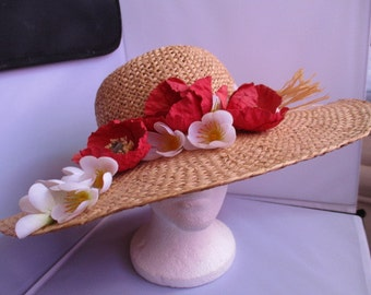 Ladies Spring/Summer HAT hat for the oudoors. SIZE-M