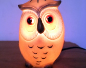 Owl Nightlight // Josef Originals Owl // Vintage Owl // Nursery Decor // 1970s // Owl Lamp // Table Lamp