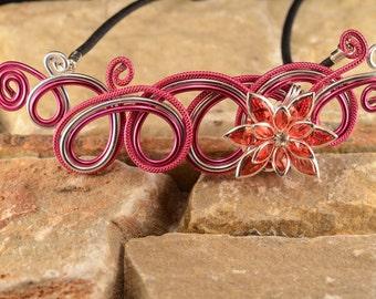 Pink flower rhinestone necklace