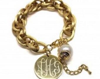 Double link gold bracelet