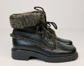 Vintage 90s Sheepskin Ankle Booties- Size 7B